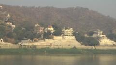 pagodes vues du fleuve